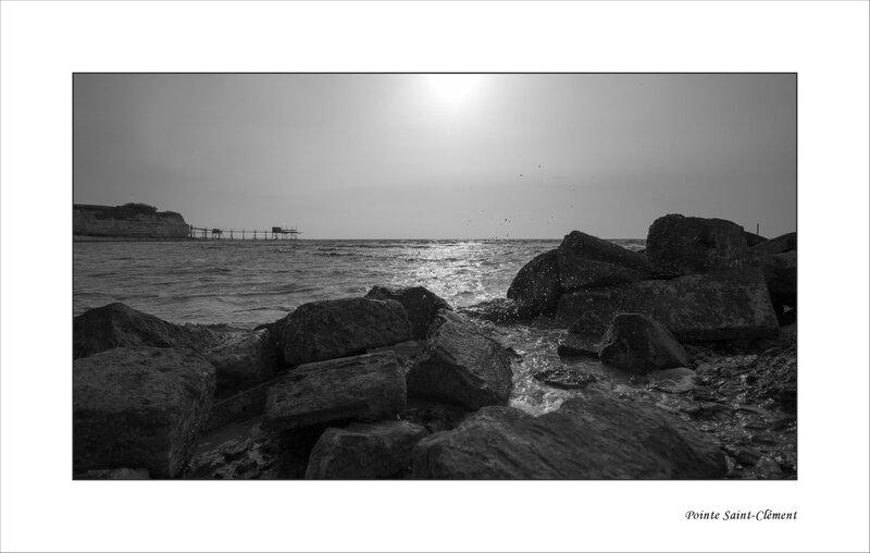 Aiguillon carrelet marée montante rochers embruns 270316