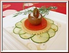 tomates sur croustillant, sorbet concombre estragon