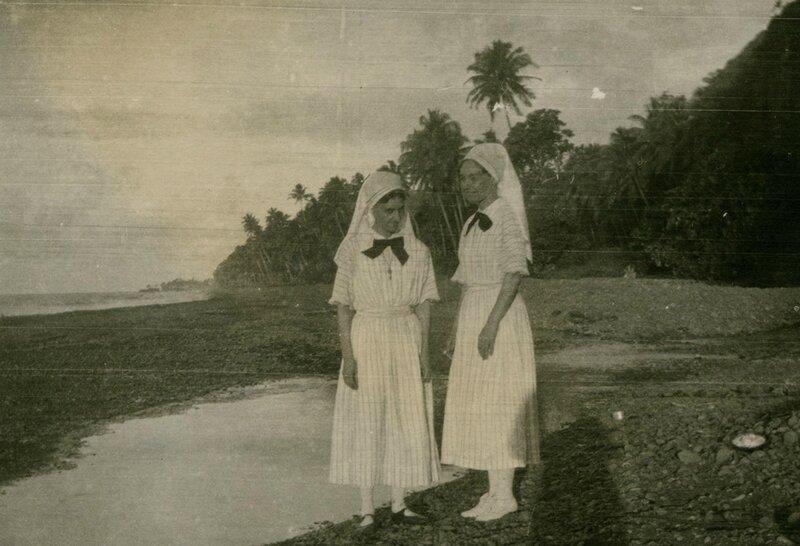 martha-juncker-eosa-lefebvre-diaconesses-infirmieres-a-la-leproserie-d-Orofara-sur-la-plage-1924-1927-SMEP-