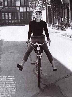 Audrey à bicyclette