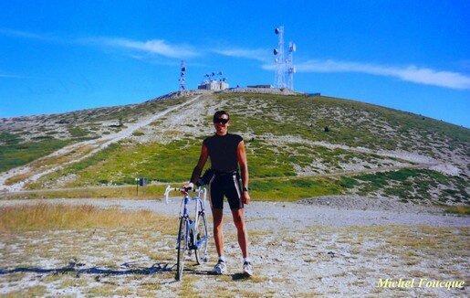 807) Montée à vélo sur la montagne de Lure (Provence)