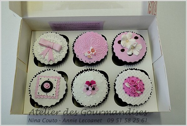 cupcakes d coration en p te sucre atelier des gourmandises. Black Bedroom Furniture Sets. Home Design Ideas