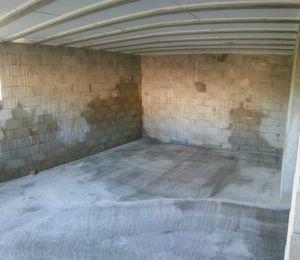en fin une dalle sur le vide sanitaire au sous sol cot est villa calypso. Black Bedroom Furniture Sets. Home Design Ideas