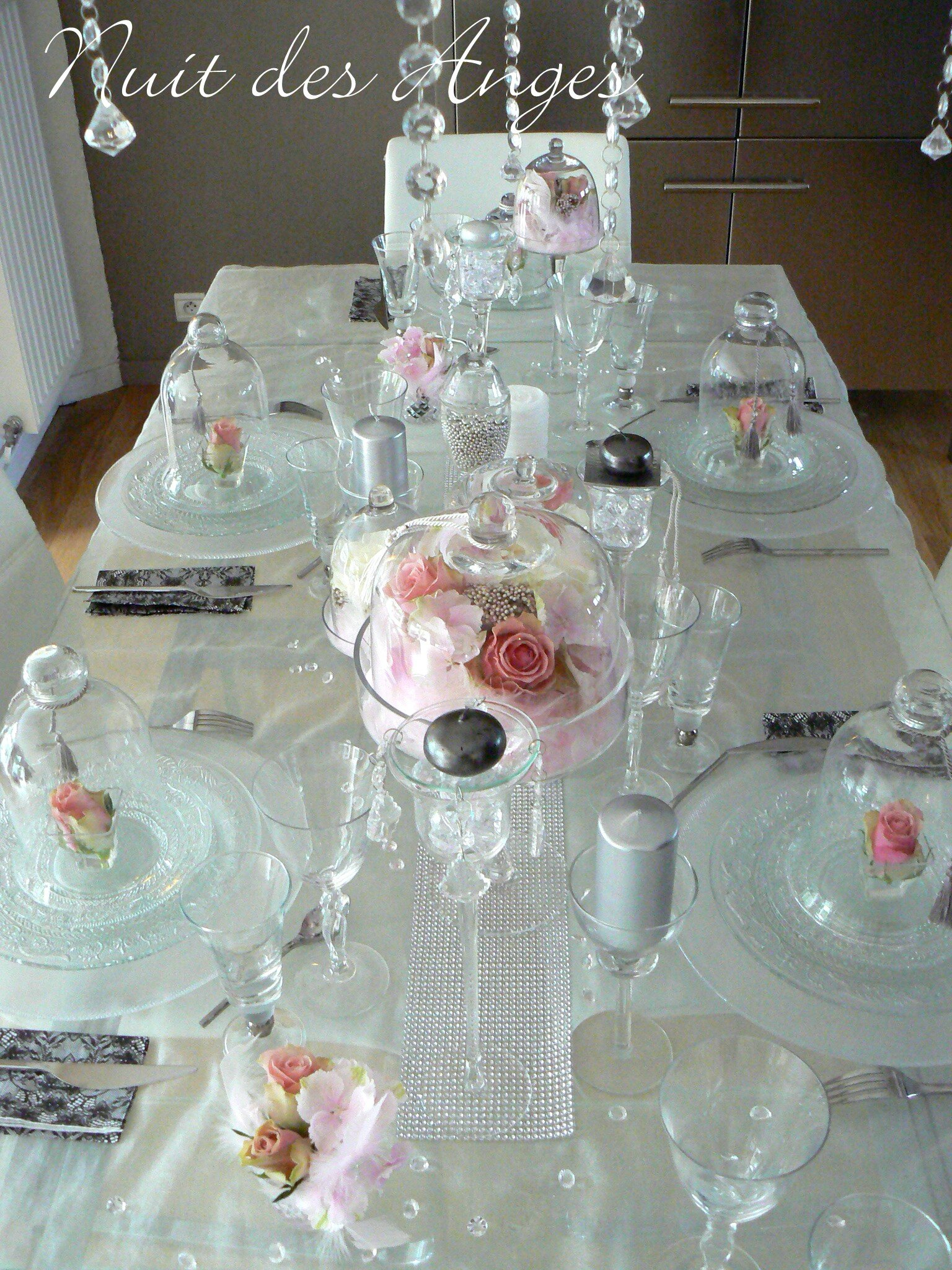 Nuit des anges d coratrice de mariage d coration de table for Deco table blanc et gris