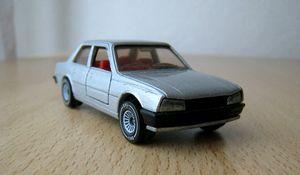 Peugeot 505 STI 01 -Siku-