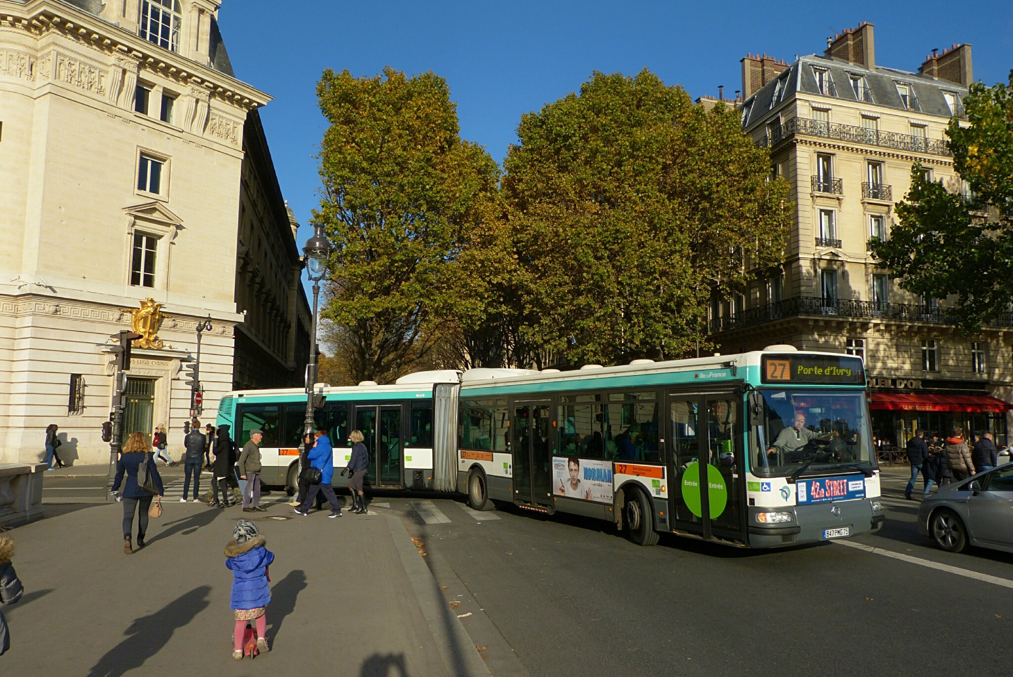 bus transportparis le webmagazine des transports parisiens. Black Bedroom Furniture Sets. Home Design Ideas