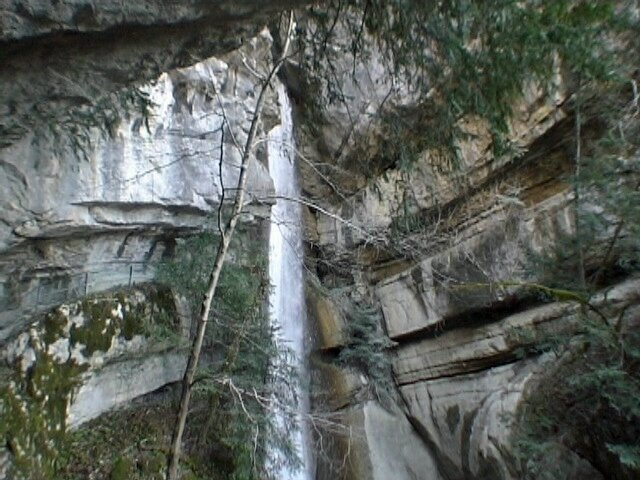 chute de 60 mètres du Nant d'Oy
