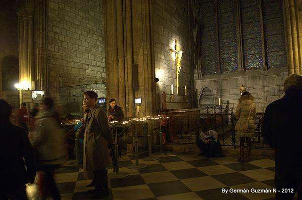 Notre Dame 850 045