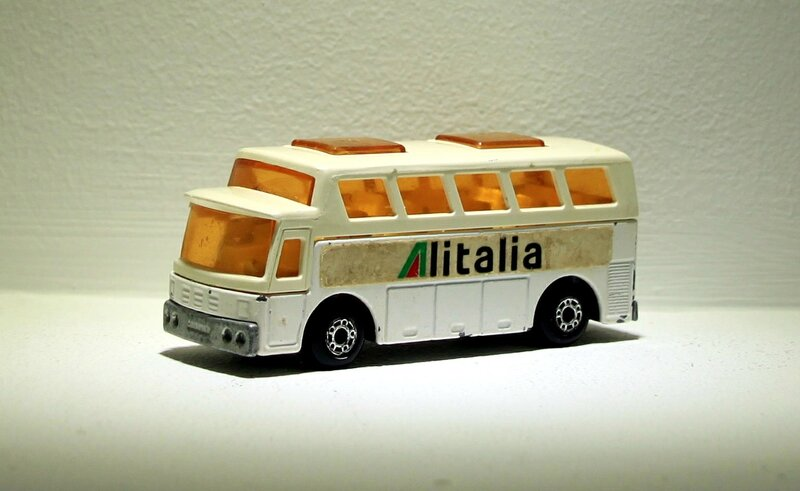 Airport coach (ref 65) Matchbox