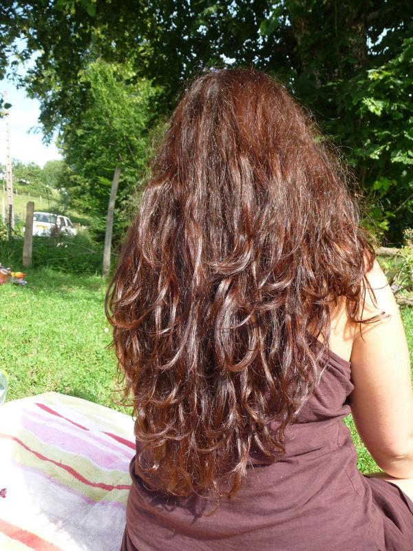 Le moyen professionnel pour la densité et la croissance des cheveu