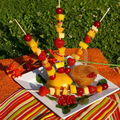 brochettes de fruits et coulis maison ....