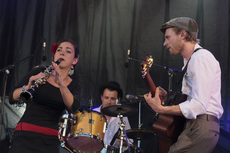 3RouesSousUnparapluie-Barlin-PdcMusicTour2010 (49 sur 84)