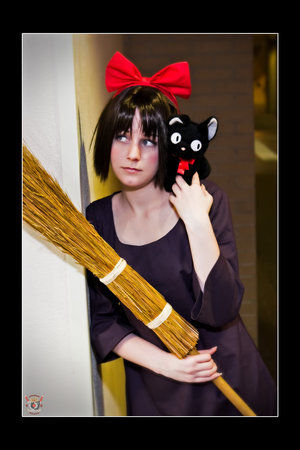 Waiting___Kiki_Cosplay_by_pockypants