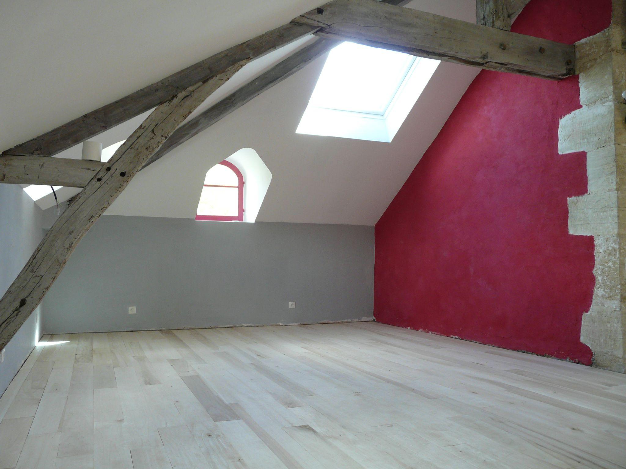 Cuisine couleur framboise excellent peinture rouge - Mur framboise et gris ...