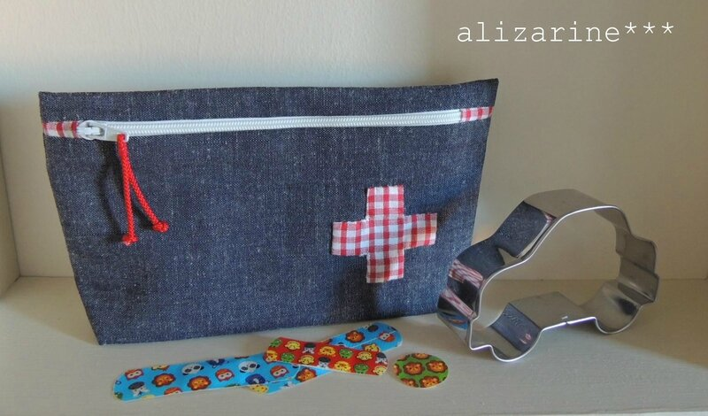 trousse first aid