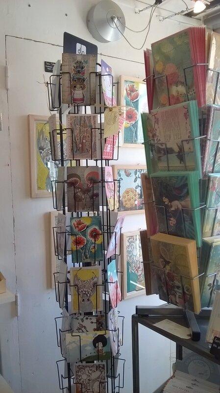 cartes-postales-La-Fée-Qui-Cloche-et-Madame-Mo