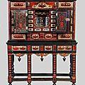 Cabinet en écaille de tortue et bois noirci décoré d'un théâtre à l'intérieur, anvers, xviième siècle