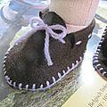 Tuto et patron de mes chaussons pour poupée 42 cm