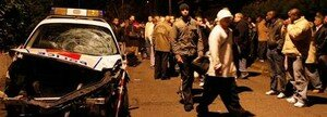 Une_collision_entre_une_voiture_de_police_et_une_mini_moto__la_mort_de_deux_jeunes_et_le_d_but_d__meutes_urbaines_fin_novembre_2007