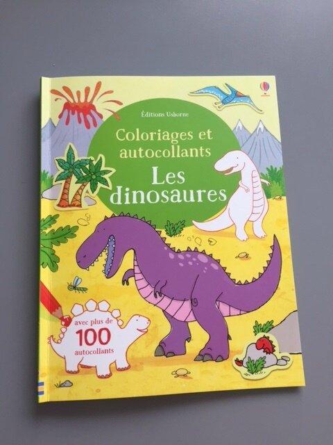 colo et autocollants les dinosaures