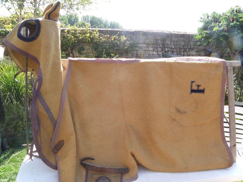 Ancienne couverture de protection pour cheval