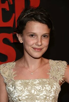 Millie-Bobby-Brown-arrives-at-the-premiere-of-Netflixs-Stranger-Things