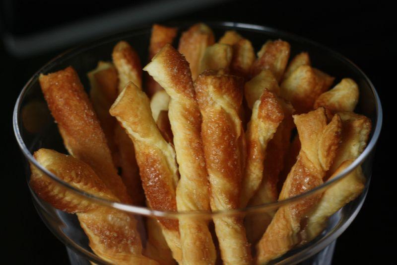 Torsades feuillet es sacristains au sucre recette - Recette facile a faire sans four ...