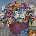 Explosion de fleurs dans un vase rouge