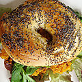 BAGEL VEGETARIEN AUX GALETTES DE PATATE DOUCE
