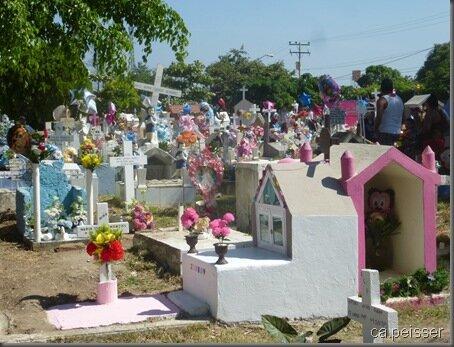 Cimetière de Mazatlan le 2 nov. 6 - Mazatlan Friedhof am 2 Nov.
