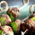Nem nuong: boulettes de porc au riz grill et  la menthe