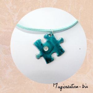 collier pendentif puzzle turquoise strass 2