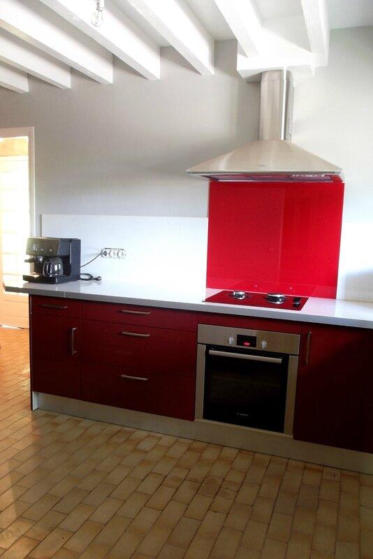 Cuisine rouge bordeaux brillant menuiserie s bastien ducamp - Cuisine rouge bordeaux ...