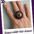 Bague violette et bronze (b148)