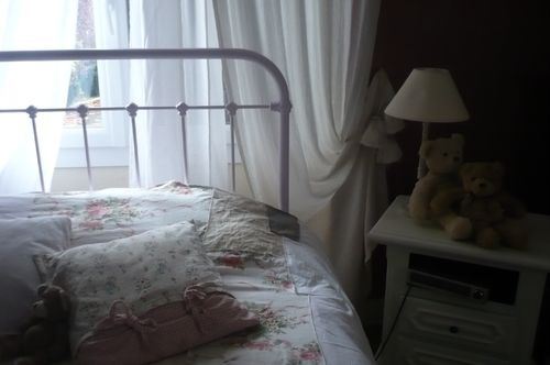 chambre style shabby photo de dans ma maison chinons et kolorons. Black Bedroom Furniture Sets. Home Design Ideas