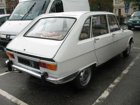 Renault16Lar1