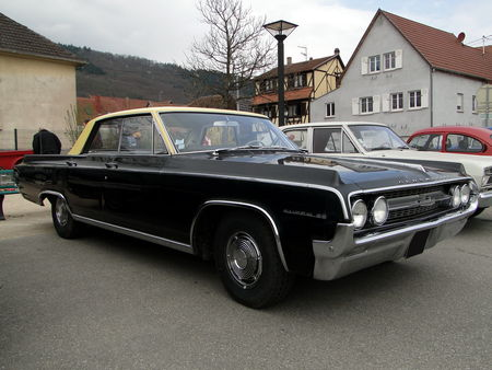 OLDSMOBILE Super 88 Holiday Hardtop Sedan 1964 Bourse Echanges Autos Motos de Chatenois 2010 3
