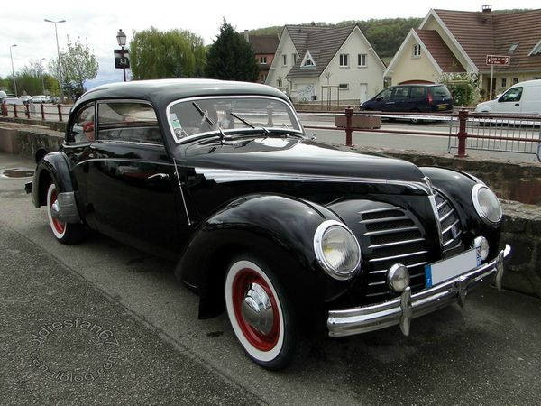 Rosengart Supertraction Coupe 1939 a