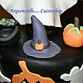 Gâteau Halloween citrouilles fantômes détail des modelages