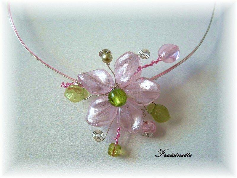 Collier Fleur Rose et Verte