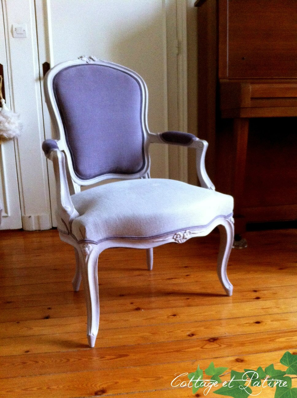 Fauteuil louis xv et salon louis xvi avant apr s cottage et patine le blog - Salon louis xvi ...