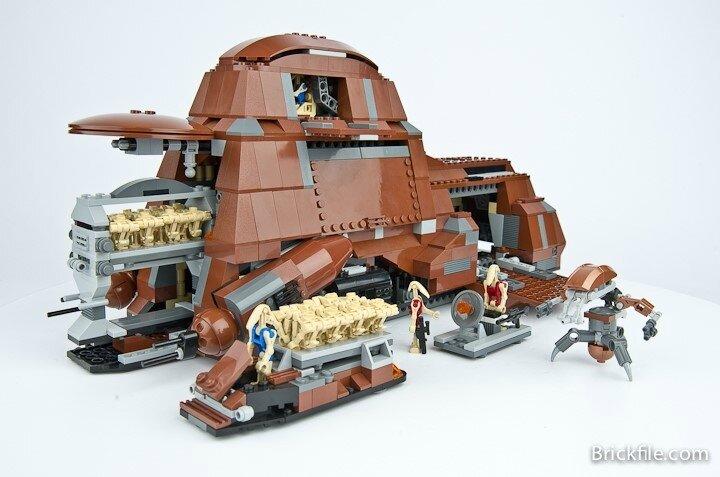 lego-star-wars-7662-trade-federation-mtt-42
