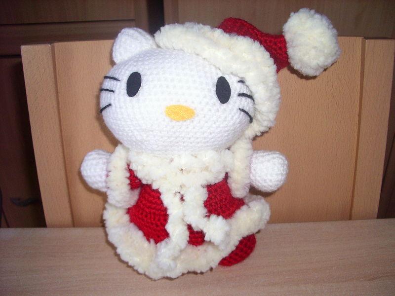 Hello kitty mere noel au crochet de chrisleti - Hello kitty noel ...