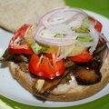 Idée repas burger aubergines grillées et tofu fumé