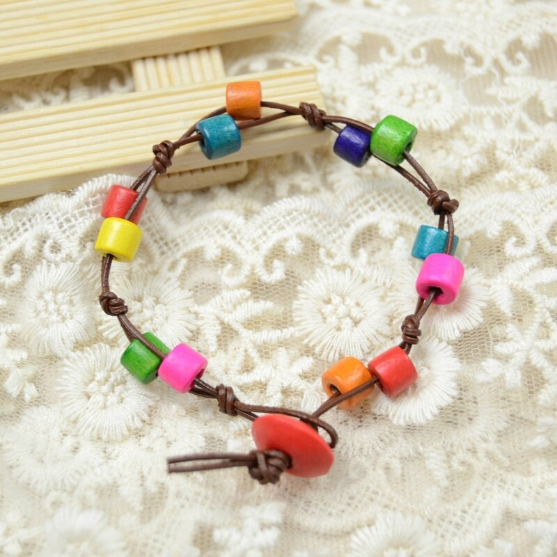 Colorful-Wood-Beads-Bracelet-0