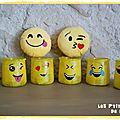 Diy déco récup : faire une déco emoji avec des pots de yaourts en verre