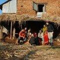 Elle est pas belle notre petite famille nepalaise?