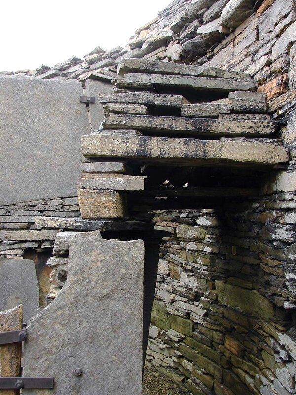 Rousay_Midhowe_broch_18