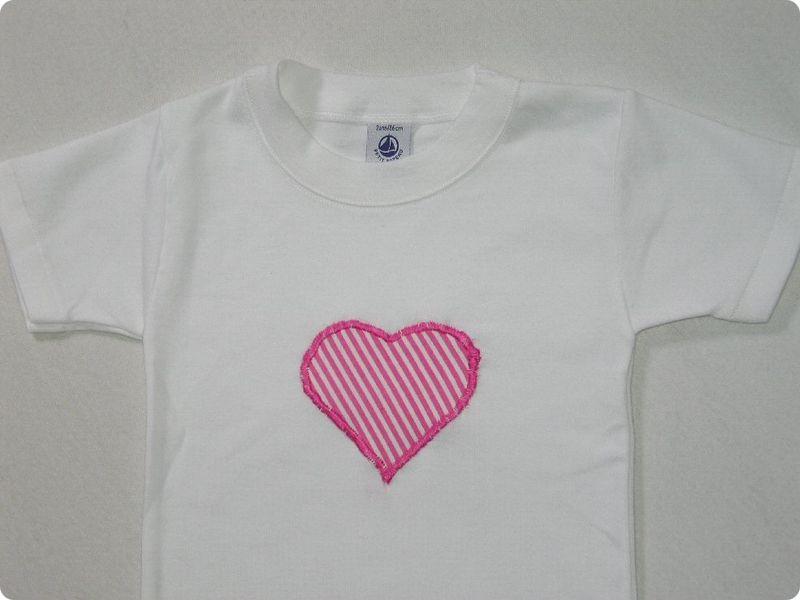 t shirt appliqué coeur