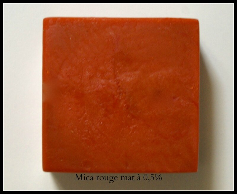 test mica rouge mat macosmetoperso